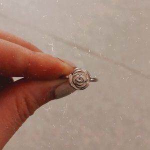 Pandora Rose Garden Ring